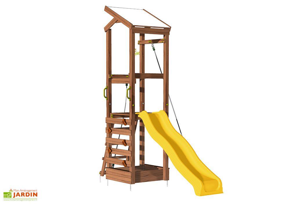 Aire de jeu avec toboggan mur d'escalade et corde à grimper