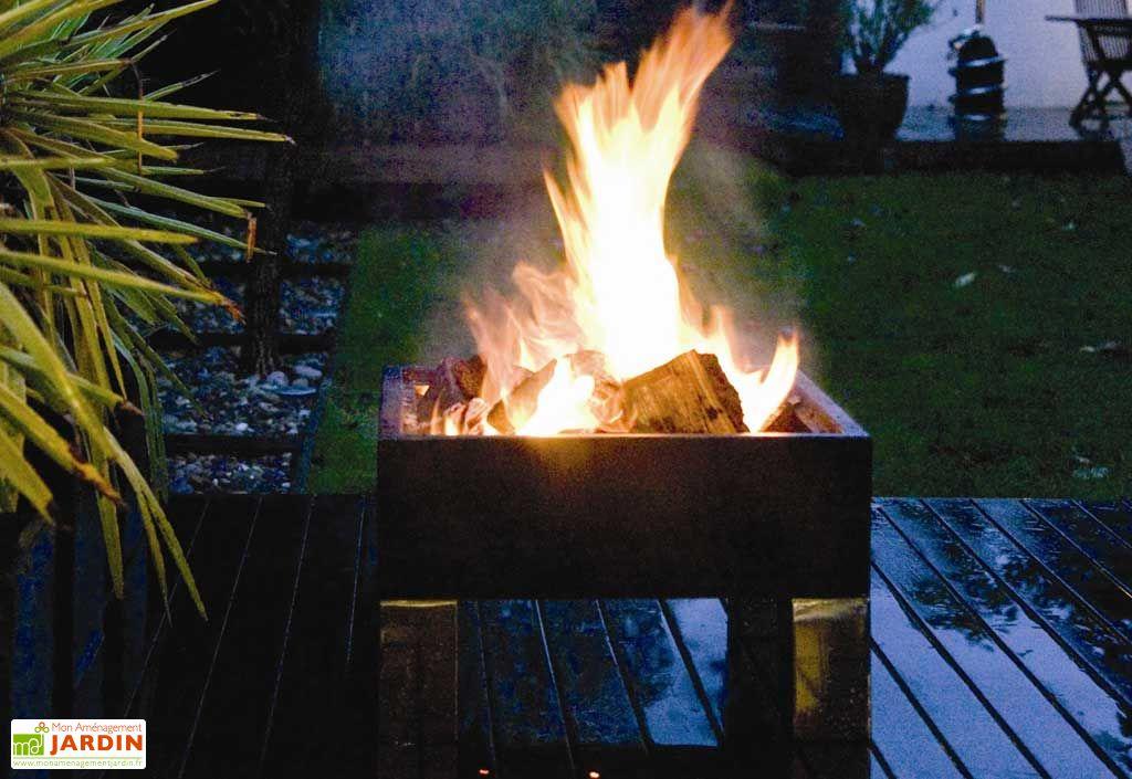 braséro transformable en barbecue avec 2 grilles de cuisson