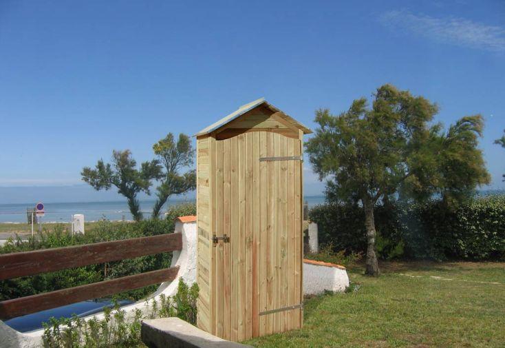 armoire jardin bois simia 90x58x204 armoire de rangement grand mod le jardipolys. Black Bedroom Furniture Sets. Home Design Ideas