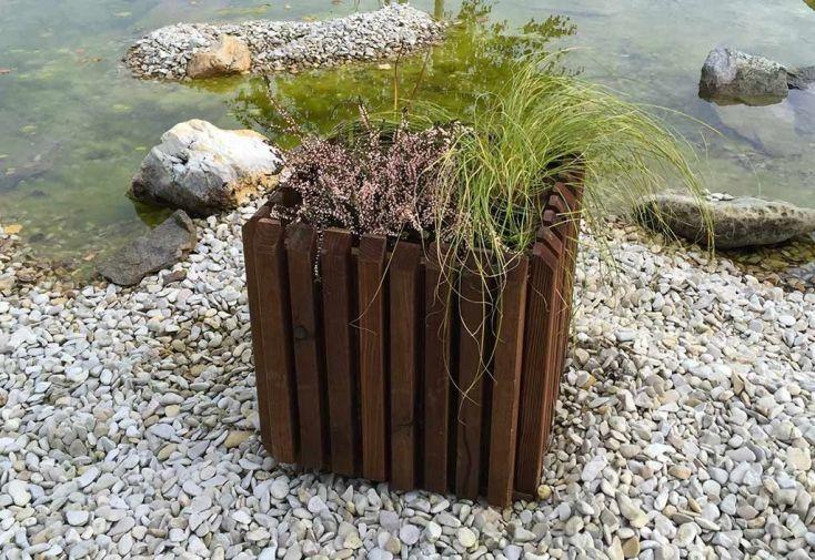 bac à fleurs en bois traité autoclave teinté marron 40 x 40 cm