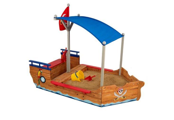 bac à sable en bois imitation bateau de pirate