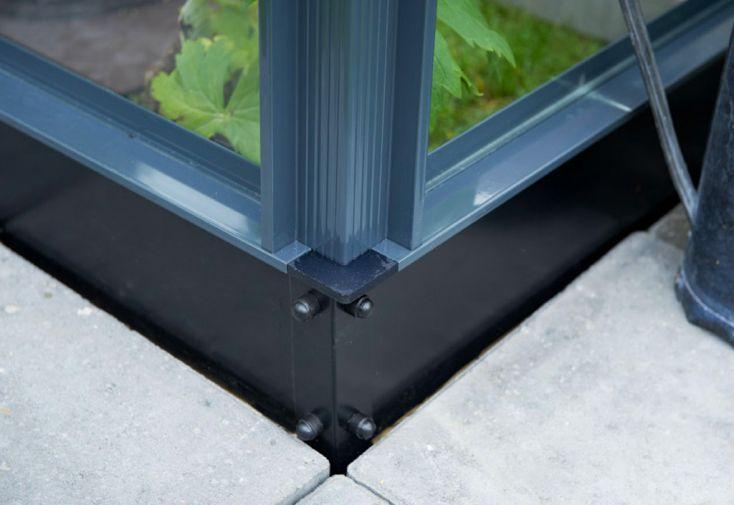 Base en acier galvanisé gris anthracite pour serre de jardin Juliana Compact 8 m²