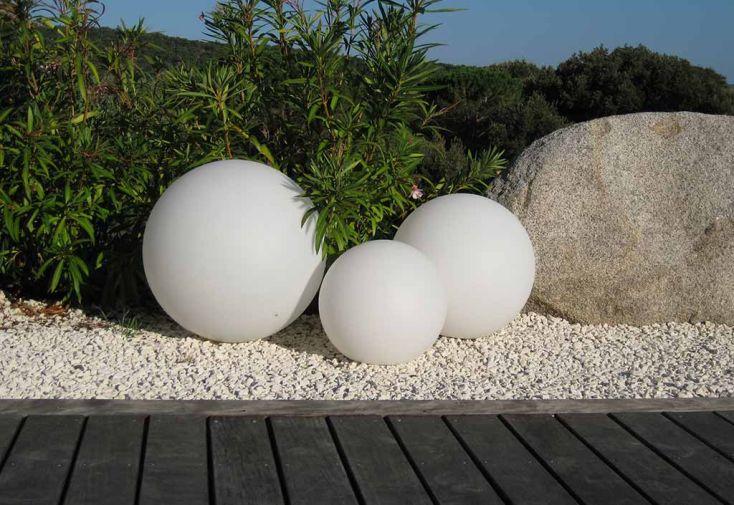 Boule Lumineuse Blanche Etanche sur Secteur 50 cm