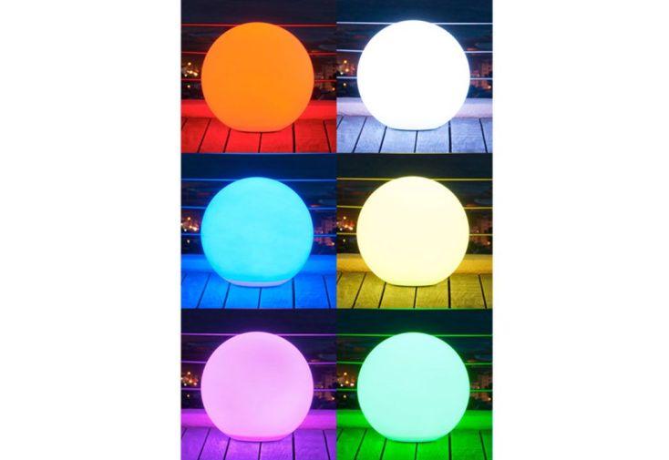 Boule Lumineuse Multicolore LED Sans Fil 40 cm Etanche + Télécde + Bat