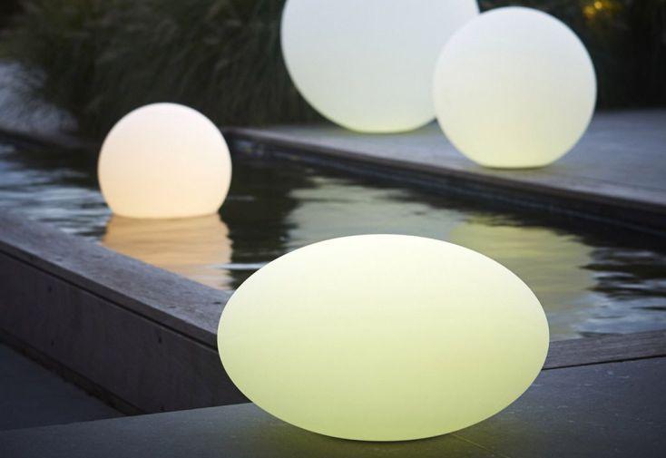 Boule Lumineuse Ovale Multicolore avec Télécommande et Batterie 35x20cm