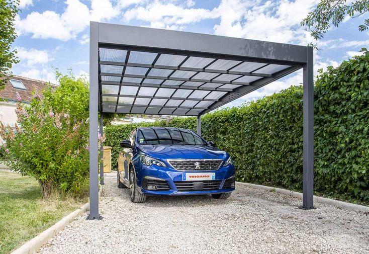 Carport en Aluminium et Polycarbonate Trigano Libeccio 15 m² avec Voiture
