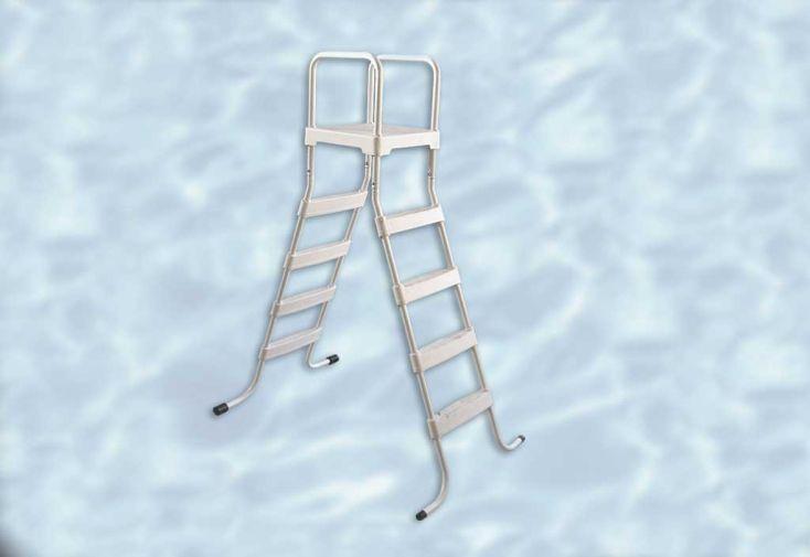 Echelle d'acces pour piscine Weka