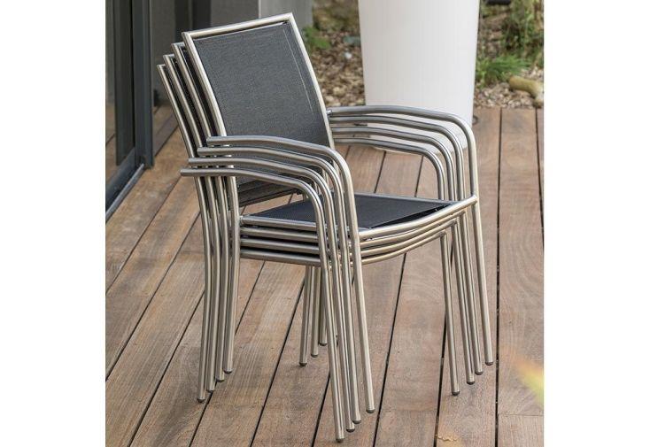 fauteuils de jardin à empiler pour se ranger facilement