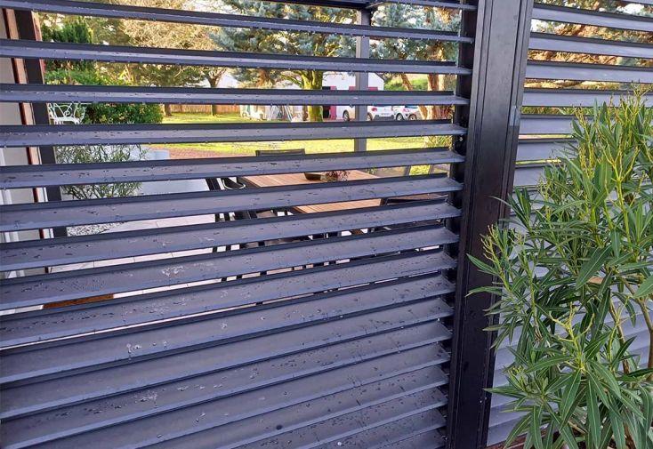 Panneaux vantelles orientables en alu pour pergola bioclimatique 3,6 m Habrita