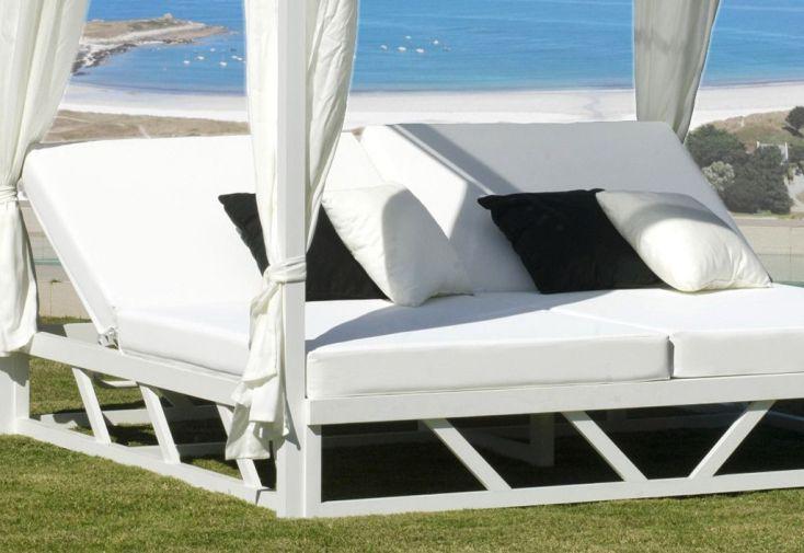 lit de jardin 2 places en aluminium blanc abalia lit de. Black Bedroom Furniture Sets. Home Design Ideas
