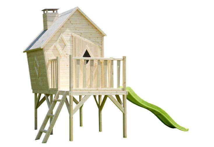 Maisonnette en bois pour enfants sur pilotis avec terrasse et toboggan