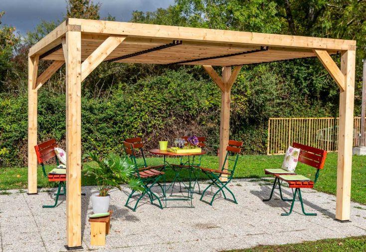 Tonnelle en Bois Sapin et Douglas avec Ventelles Mobiles Habrita Veneto 10 m²