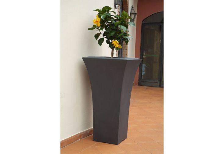 Pot de fleurs en polyéthylène rotomoulé pour intérieur ou extérieur