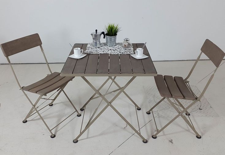 Salon de Jardin Bistrot en Robinier Cérusé : Table Pliante + 2 Chaises