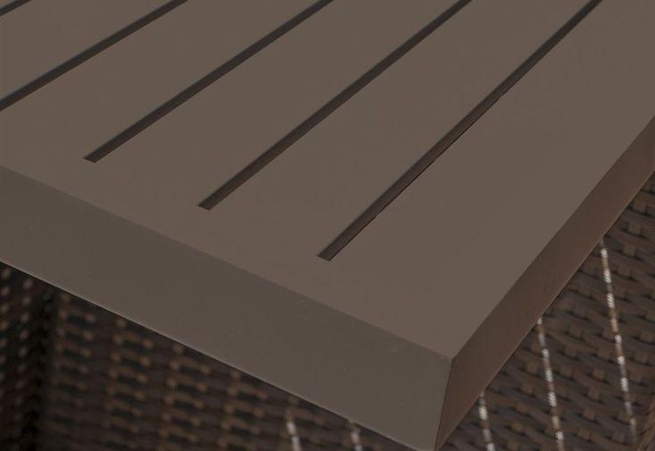 salon de jardin avec table en aluminium et plateau en lames d'aluminium 210 cm