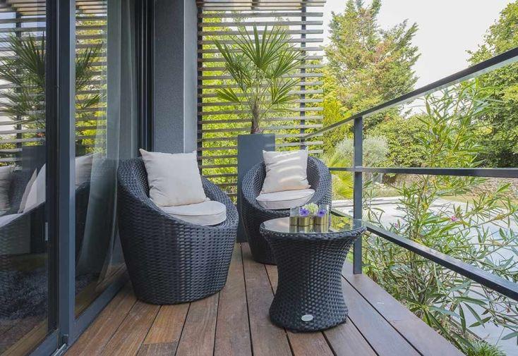 salon de jardin empilable 2 fauteuils et 1 table basse