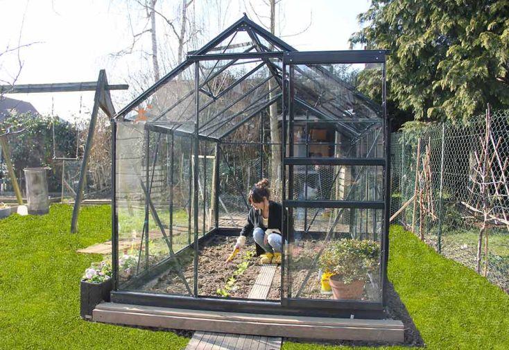 serre de jardin en verre tremp grise avec base 5 77 m chal t jardin. Black Bedroom Furniture Sets. Home Design Ideas