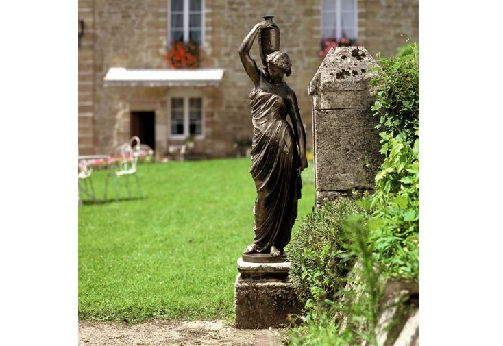 Statue de Jardin en Fonte Déesse à l'Amphore