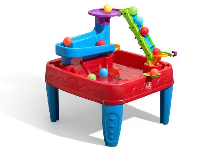Table de jeux d'eau en plastique rotomoulé Step 2 et balles