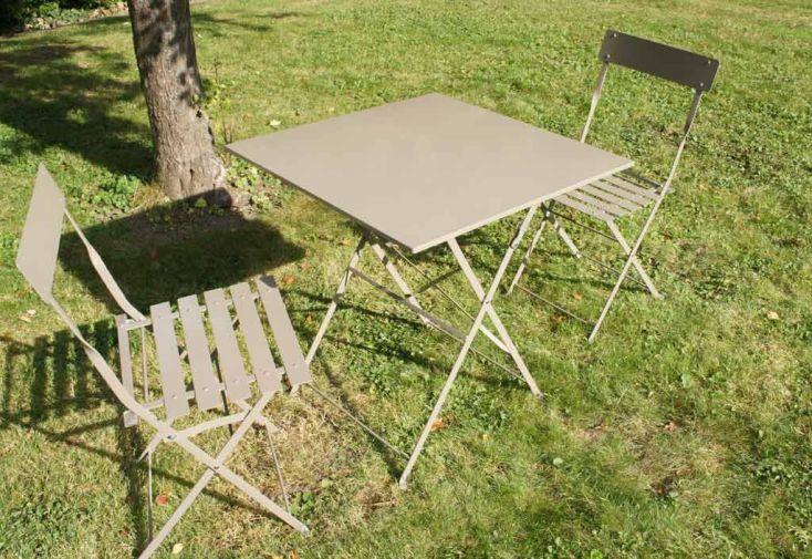Table Pliante Carrée Cytadine + 2 Chaises Métal