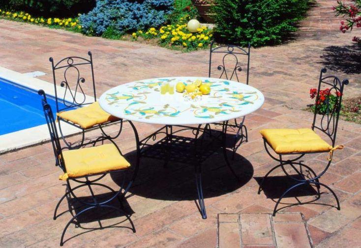 Table ronde en pierre de lave plusieurs d cors givex - Table de jardin en pierre de lave ...