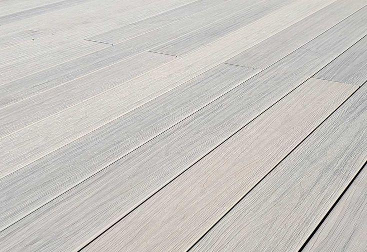 Lames de terrasse en composite alvéolaires et réversibles Green Outside