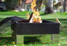 braséro au charbon de bois avec pare étincelles et tison + 2 grilles de cuisson