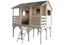 cabane pour enfant en bois brut montée sur pilotis avec pergola