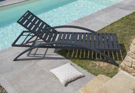chaise longue en aluminium gris anthracite avec dossier inclinable