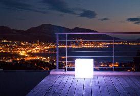 Cube Lumineux Blanc Etanche sur Secteur 40 cm