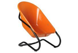 fauteuil de jardin en forme de brouette orange