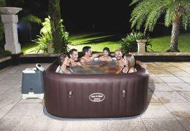 spa jacuzzi pour profiter entre amis et relaxation