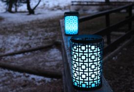 Mini Colonne Lumineuse Autonome Multicolore avec Support Métallique