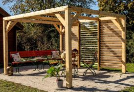 Pergola bioclimatique en bois brut avec façade lames orientables 12,20 m²
