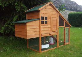 Poulailler en bois avec volière et espace nuit pour 3 poules