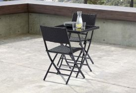 Salon de Jardin Pliant Verre et Wicker: Table + 2 Chaises