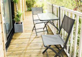 Table de Balcon Pliante en Acier et Verre Trempé 50x90cm